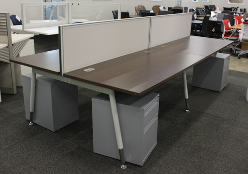 Superb Do you need to raise the level in your private office Shop our selection of Gianni desks These are available in left or right handed as well as